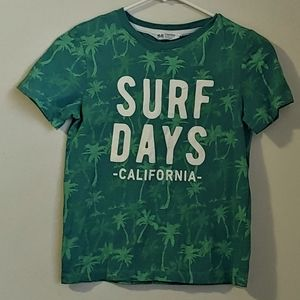 """📌H&M Boys Graphic Tee """"Surf Days"""" Size 8-10Y"""